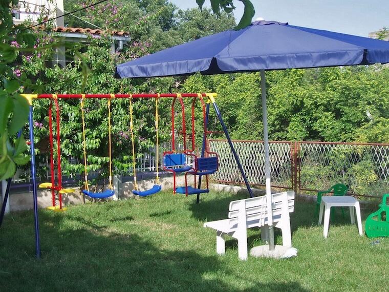 Apartments Neda playground