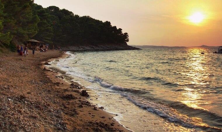Otok Vrgada zalazak sunca